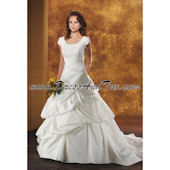 Beaded Rouched Wedding Dress (Fraise D23)