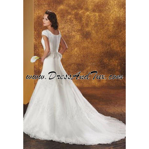 Lace Overlay Wedding Dress (Lilas D42)